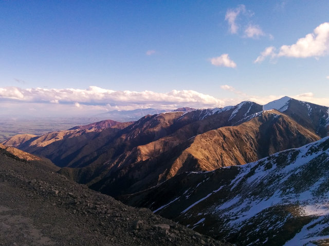 Panoramatic view from the road to Mt. Hutt