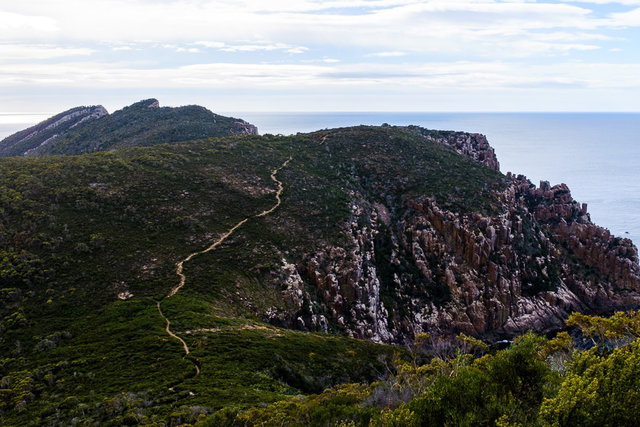 The winding path to Cape Hauy