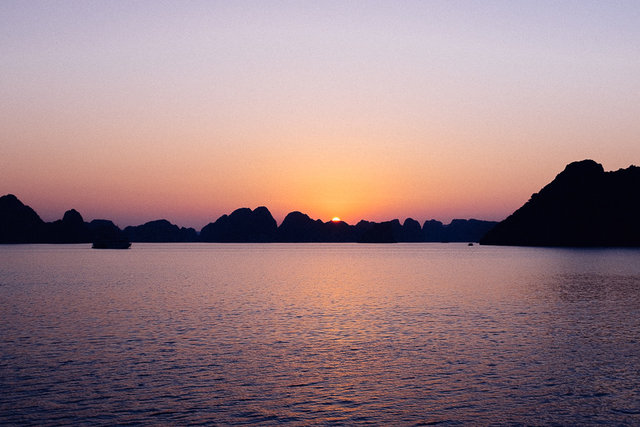 A beautiful sunset in Bai Tu Long